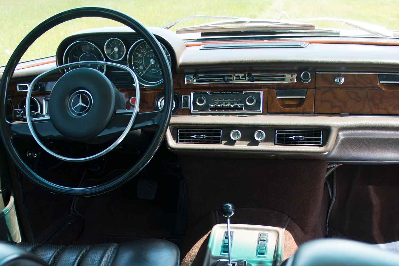 Klassik-Automobile-Klassikgarage-Kronberg-Eschborn-Mercedes-300-SEL_3