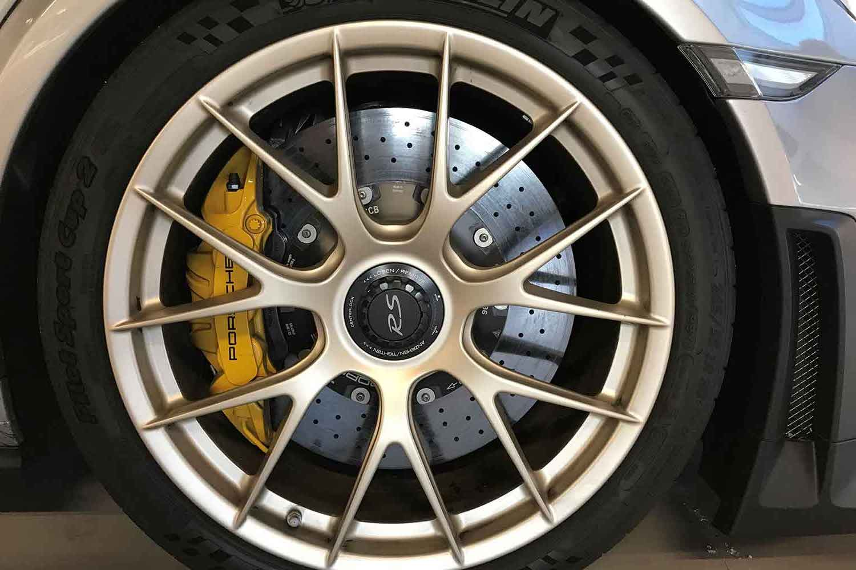 Klassik-Automobile-Klassikgarage-Kronberg-Eschborn-Porsche-GT2_RS_2